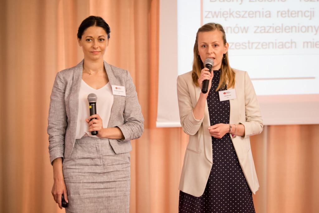 od lewej: Katarzyna Wiktorska, Ewelina Klin