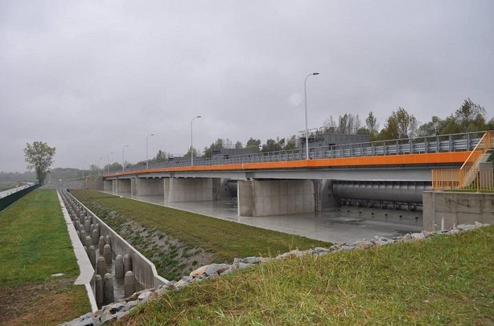 Metrostav zbiornik wodny na Nysie (Źródło: https://www.facebook.com/Metrostav)